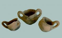 Тракийски кантароси; надгробна могила с. Кривня; Ранножелязна епоха - Исторически музей град Провадия