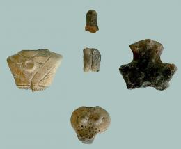 Фрагменти от керамични фигурки с антропоморфна форма; Провадия-Солницата - Исторически музей град Провадия